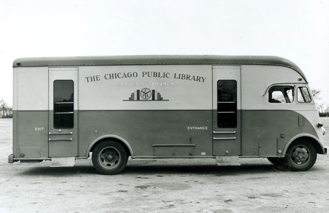 Traveling branch bookmobile
