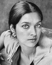 interpreter of maladies communication barriers Female subjects and negotiating identities in jhumpa lahiri's interpreter of maladies  43-51 communication  emotional barriers separating.